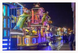 Carnavalwagens Thema , theater, Folies bergere , cage a folies